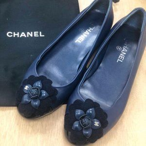 Authentic Chanel Dark Blue Camellia Flats 38